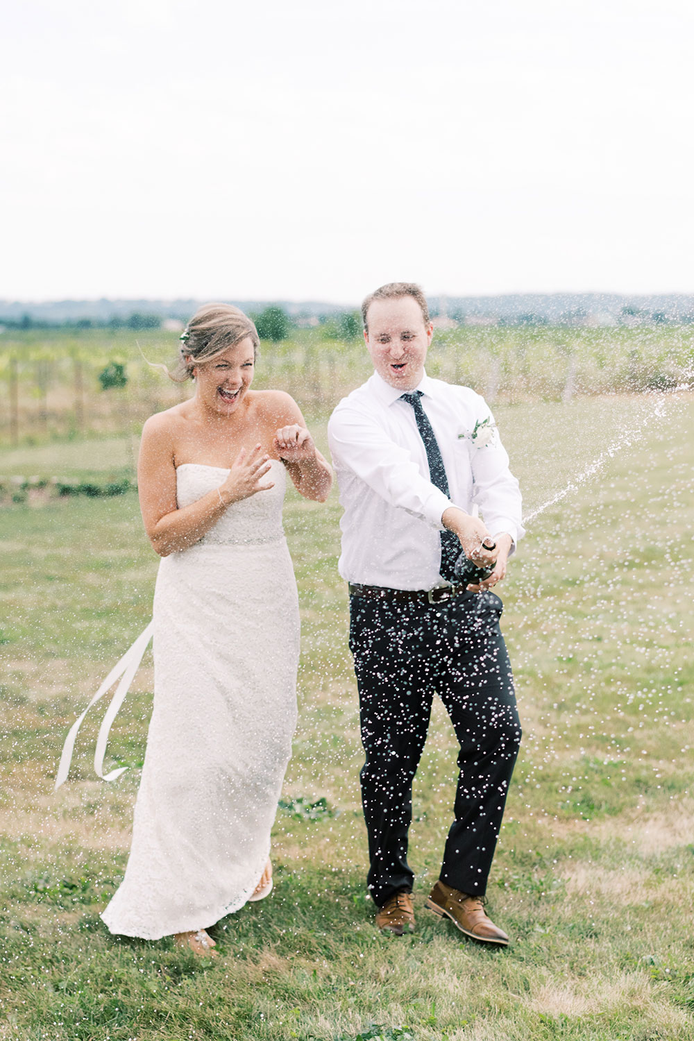 Niagara-on-the-Lake-Elopement-Vineyard-Bride-photo-by-Emily-Jean-Photography-0019.JPG