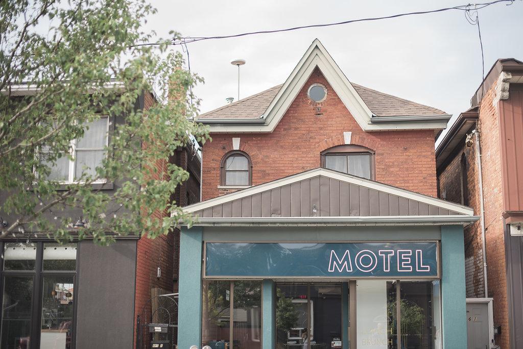 Motel-Restaurant-Editorial-Vineyard-Bride-photo-by-Blynda-DaCosta-Photography-003.JPG