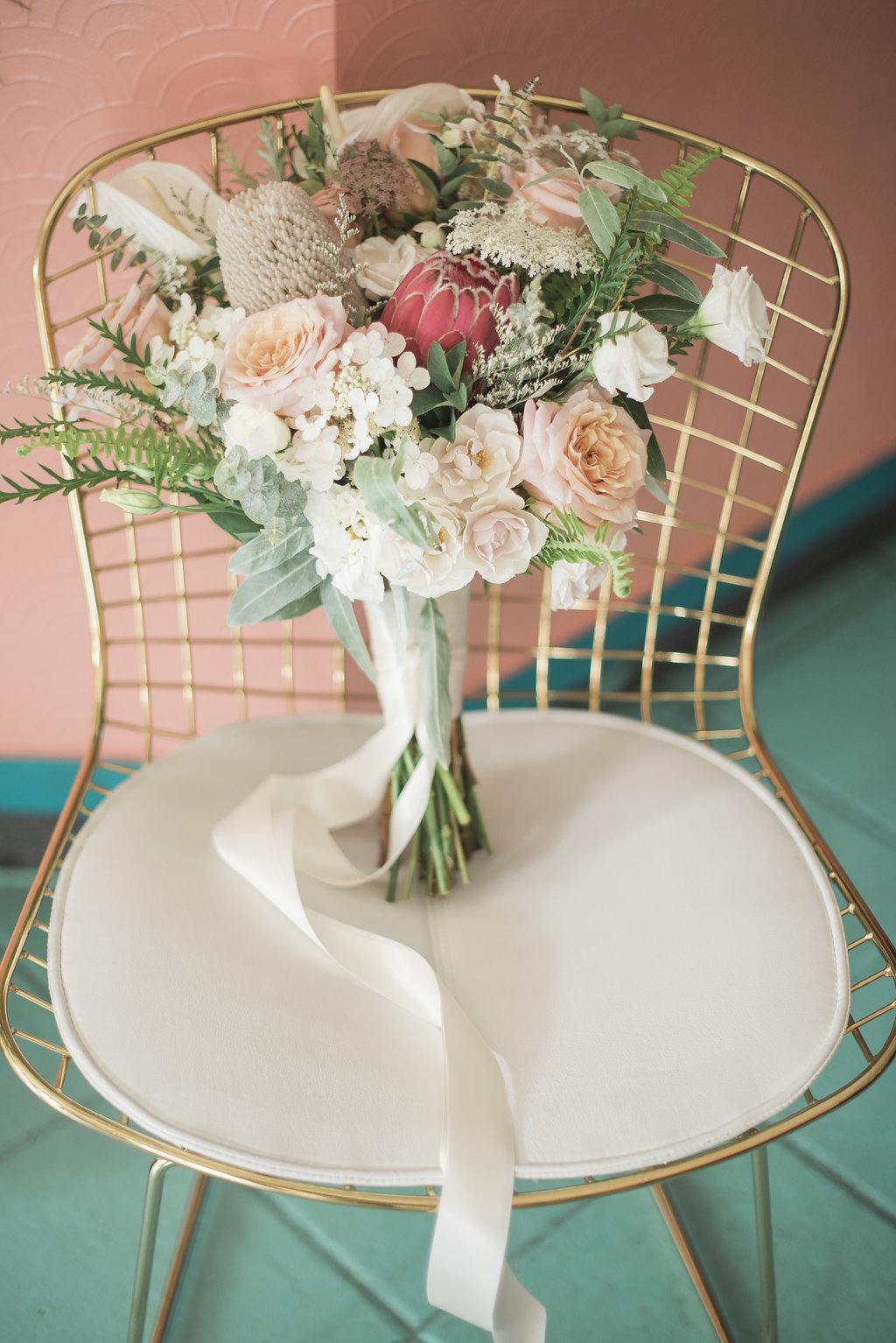 Motel-Restaurant-Editorial-Vineyard-Bride-photo-by-Blynda-DaCosta-Photography-011.JPG