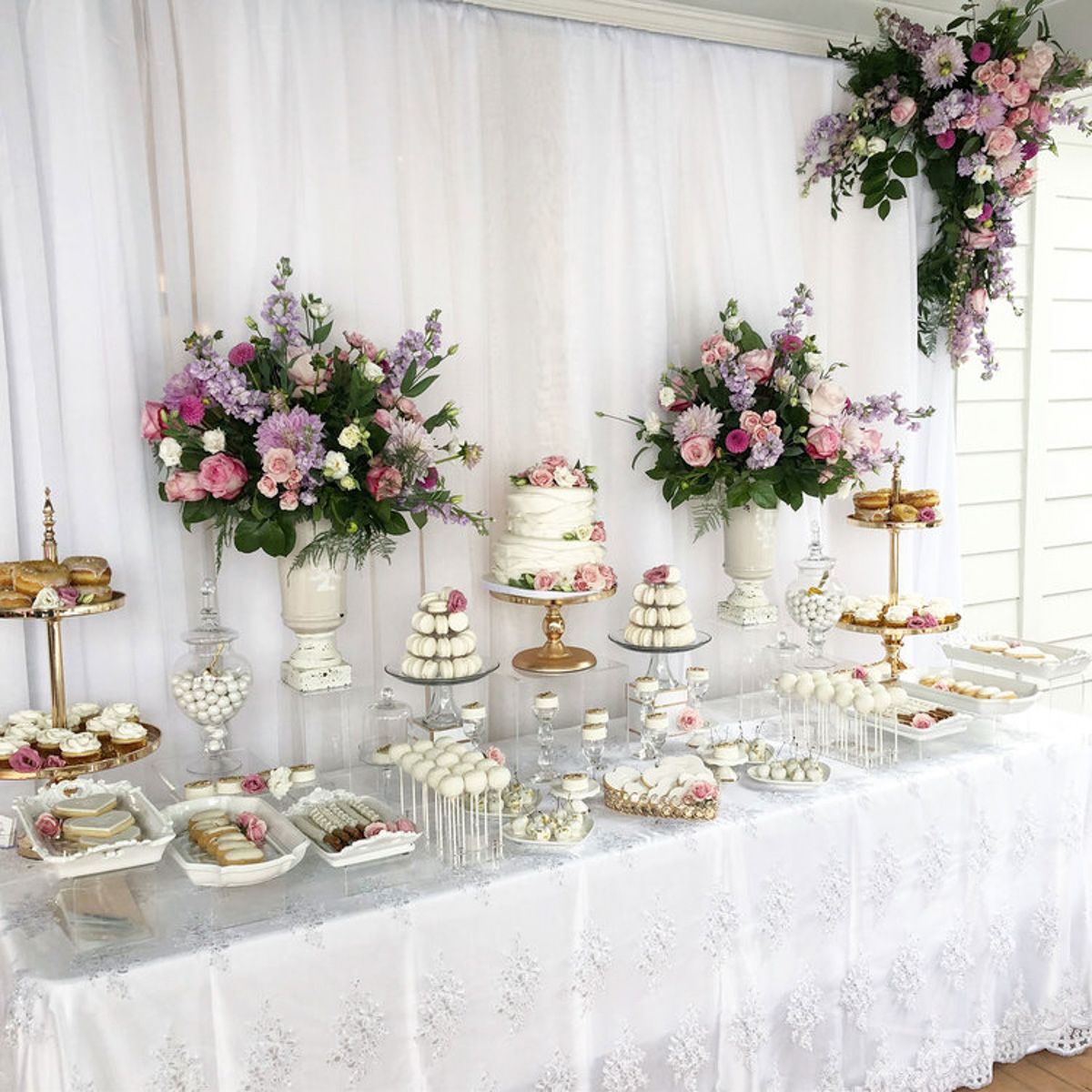 scintillate-events-vineyard-bride-swish-list-vendor-spotlight-sweets-table-desserts-niagara-toronto-wedding006.jpg