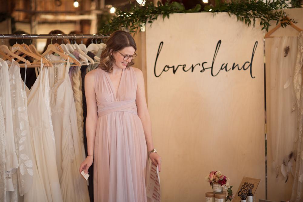 vineyard-bride-the-first-look-wedding-show-anniversary-niagara-toronto009.jpg