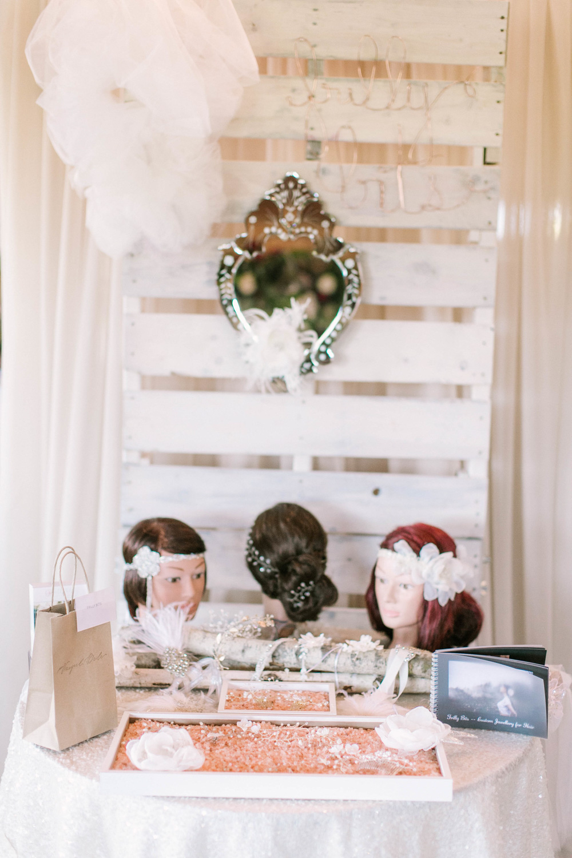 vineyard-bride-the-first-look-wedding-show-anniversary-niagara-toronto018.jpg