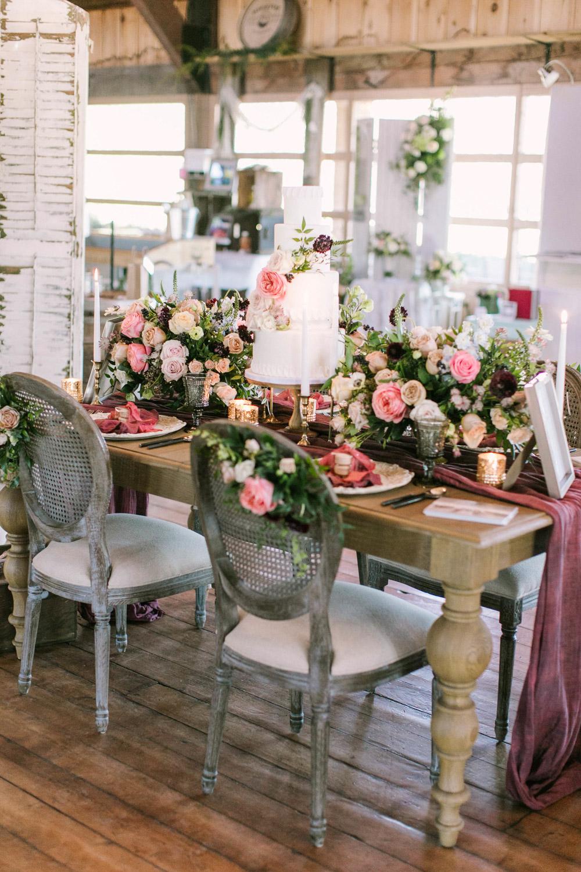 vineyard-bride-the-first-look-wedding-show-anniversary-niagara-toronto019.jpg