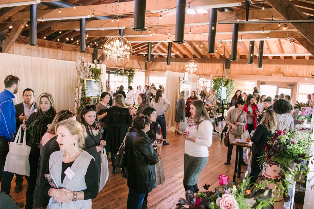 vineyard-bride-the-first-look-wedding-show-anniversary-niagara-toronto023.jpg