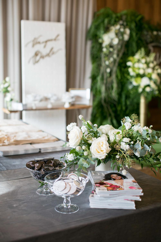 vineyard-bride-the-first-look-wedding-show-anniversary-niagara-toronto042.jpg