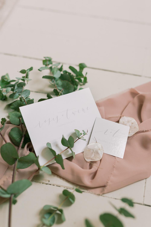 vineyard-bride-roses-and-twine-the-swish-list-wedding-vendor-spotlight-niagara-toronto-southern-ontatrio010.jpg