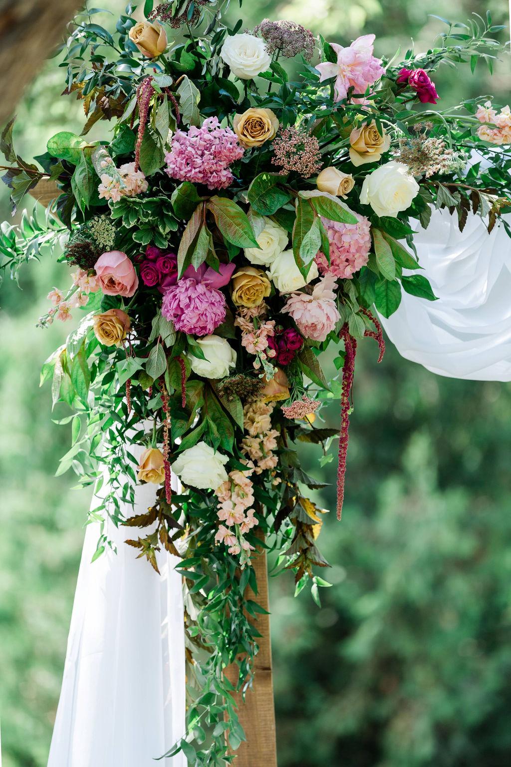 Kurtz-Orchards-Niagara-on-the-Lake-Styled-Wedding-Session-Shotlife-Studio-Calderone-Co-Luxury-Events-Vineyard-Bride-04.JPG