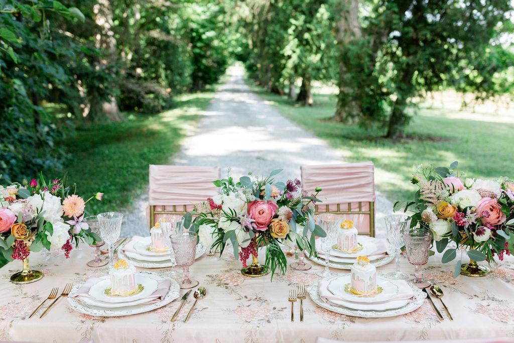 Kurtz-Orchards-Niagara-on-the-Lake-Styled-Wedding-Session-Shotlife-Studio-Calderone-Co-Luxury-Events-Vineyard-Bride-14.JPG