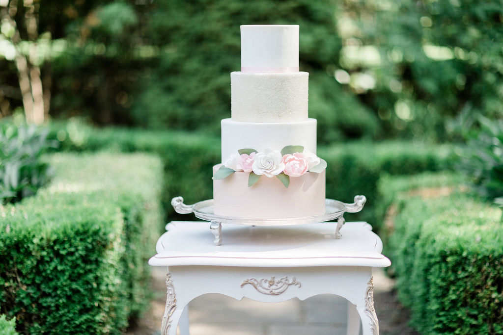 Kurtz-Orchards-Niagara-on-the-Lake-Styled-Wedding-Session-Shotlife-Studio-Calderone-Co-Luxury-Events-Vineyard-Bride-31.JPG