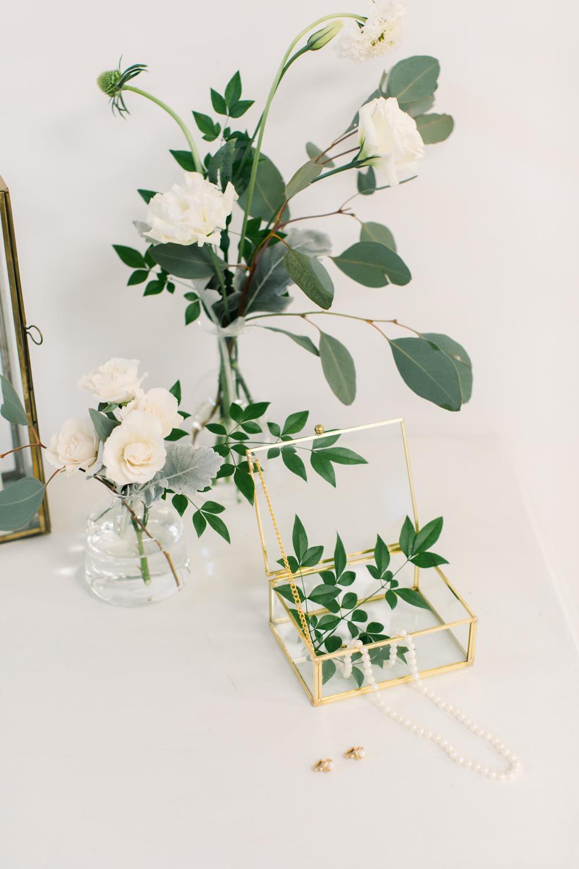 vineyard-bride-the-elope-series-hamilton-pop-up-wedding-vendors-niagara-toronto-southern-ontario002.jpg