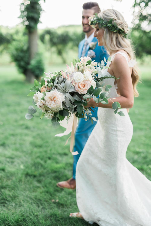 vineyard-bride-vendor-spotlight-lush-florals-and-events-niagara-wedding-florist-vendors-toronto-southern-ontario008.jpg