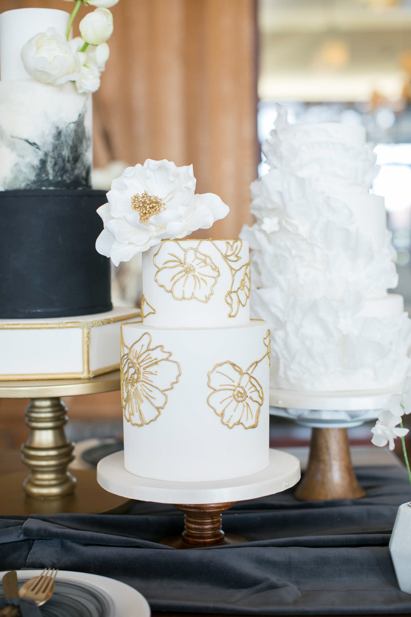 wedding cakes in white on display