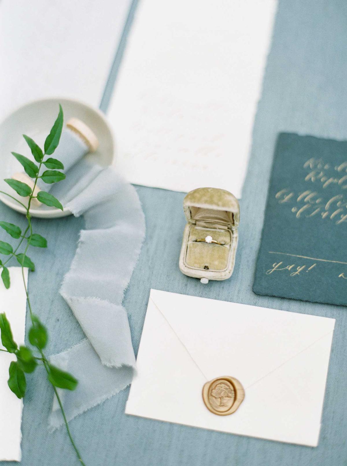 kayla-yestal-vineyard-bride-swish-list-woodland-weddings-niagara-wedding-editorial-11.jpg