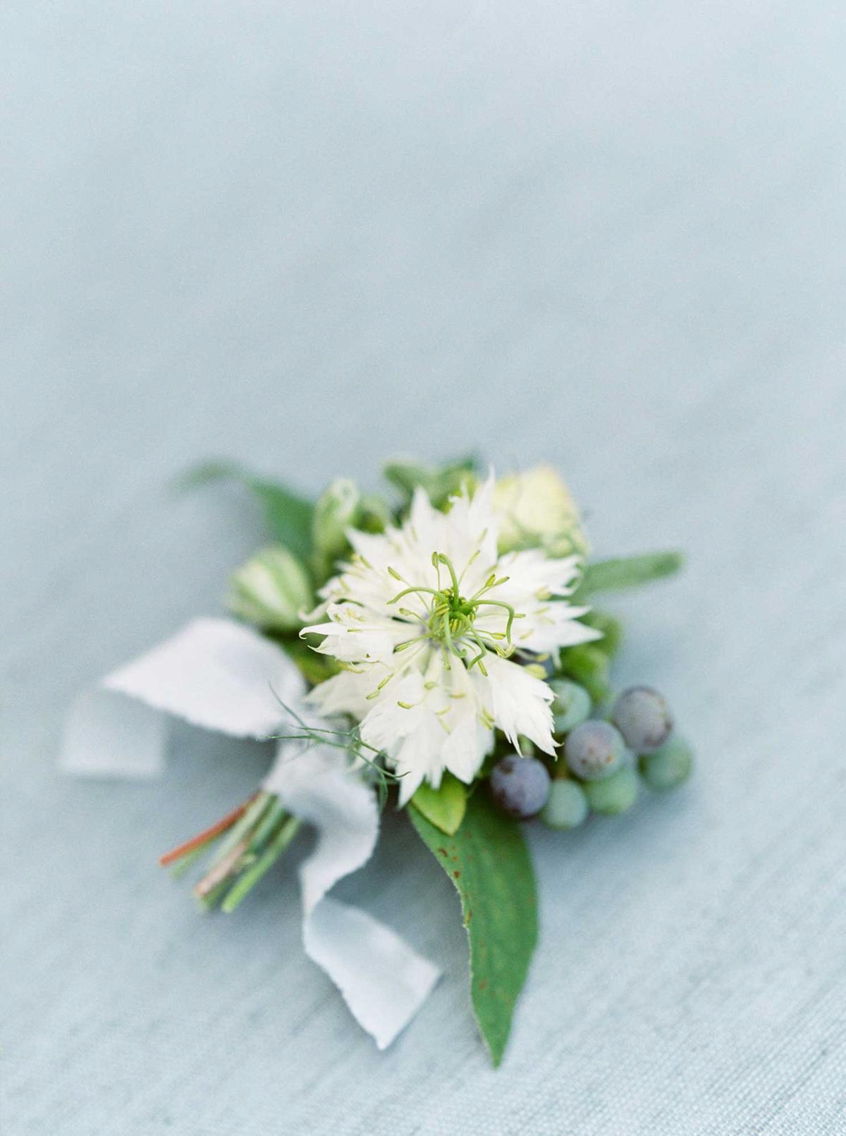 kayla-yestal-vineyard-bride-swish-list-woodland-weddings-niagara-wedding-editorial-13.jpg
