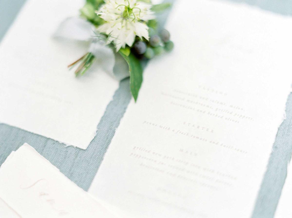 kayla-yestal-vineyard-bride-swish-list-woodland-weddings-niagara-wedding-editorial-18.jpg