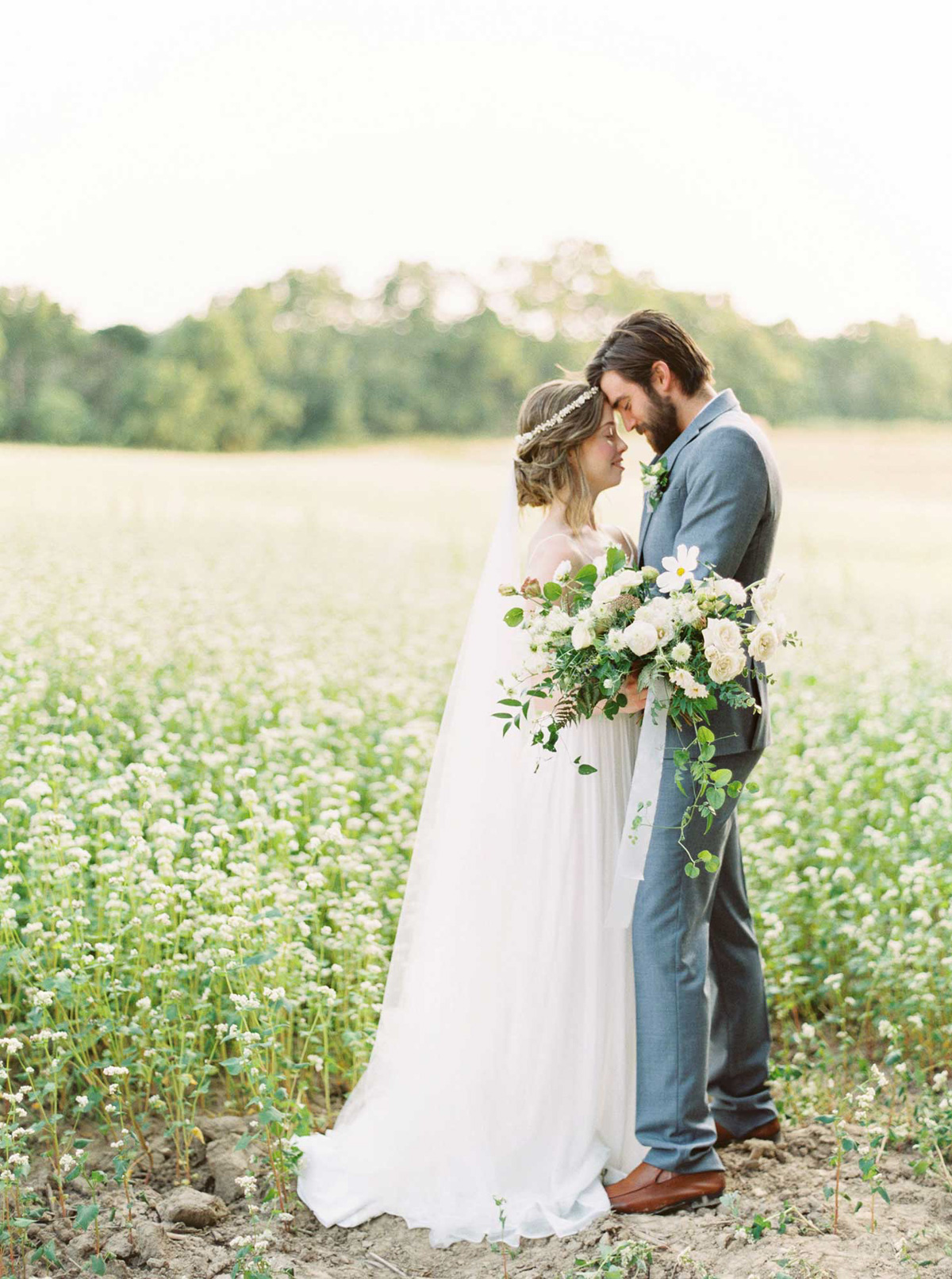 kayla-yestal-vineyard-bride-swish-list-woodland-weddings-niagara-wedding-editorial-29.jpg