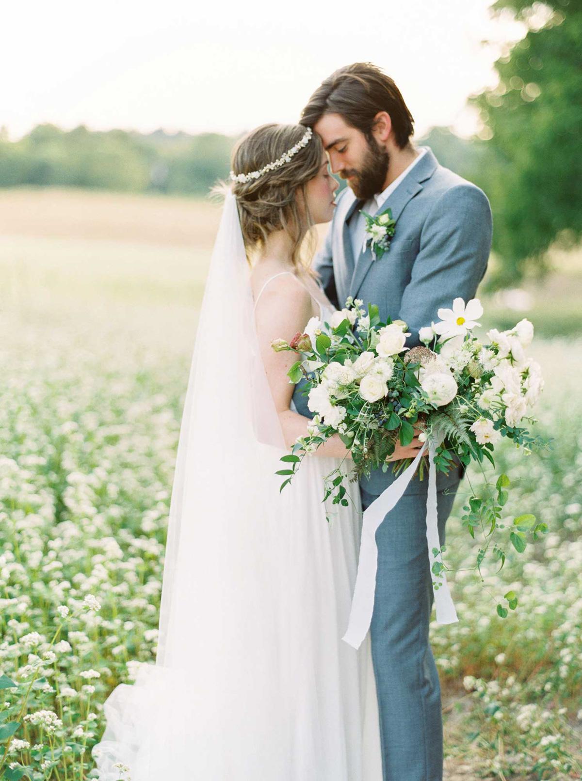kayla-yestal-vineyard-bride-swish-list-woodland-weddings-niagara-wedding-editorial-30.jpg