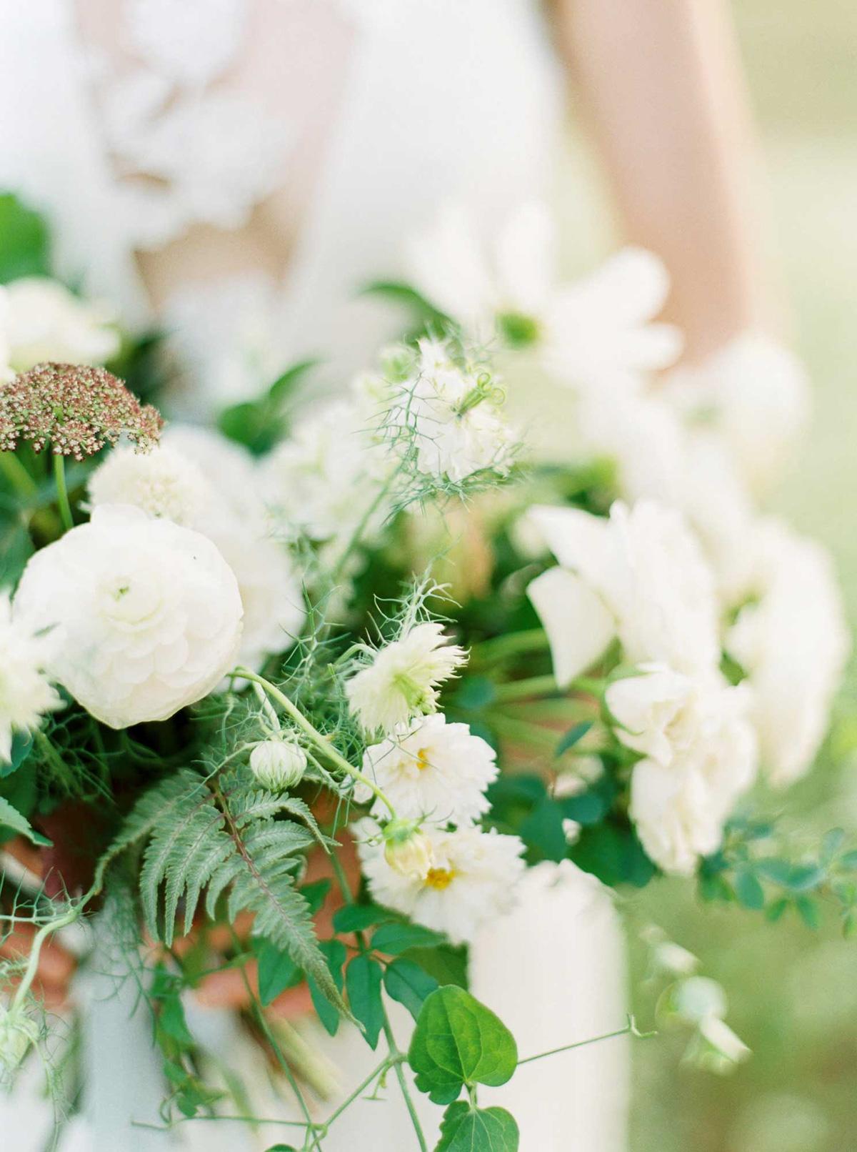 kayla-yestal-vineyard-bride-swish-list-woodland-weddings-niagara-wedding-editorial-34.jpg