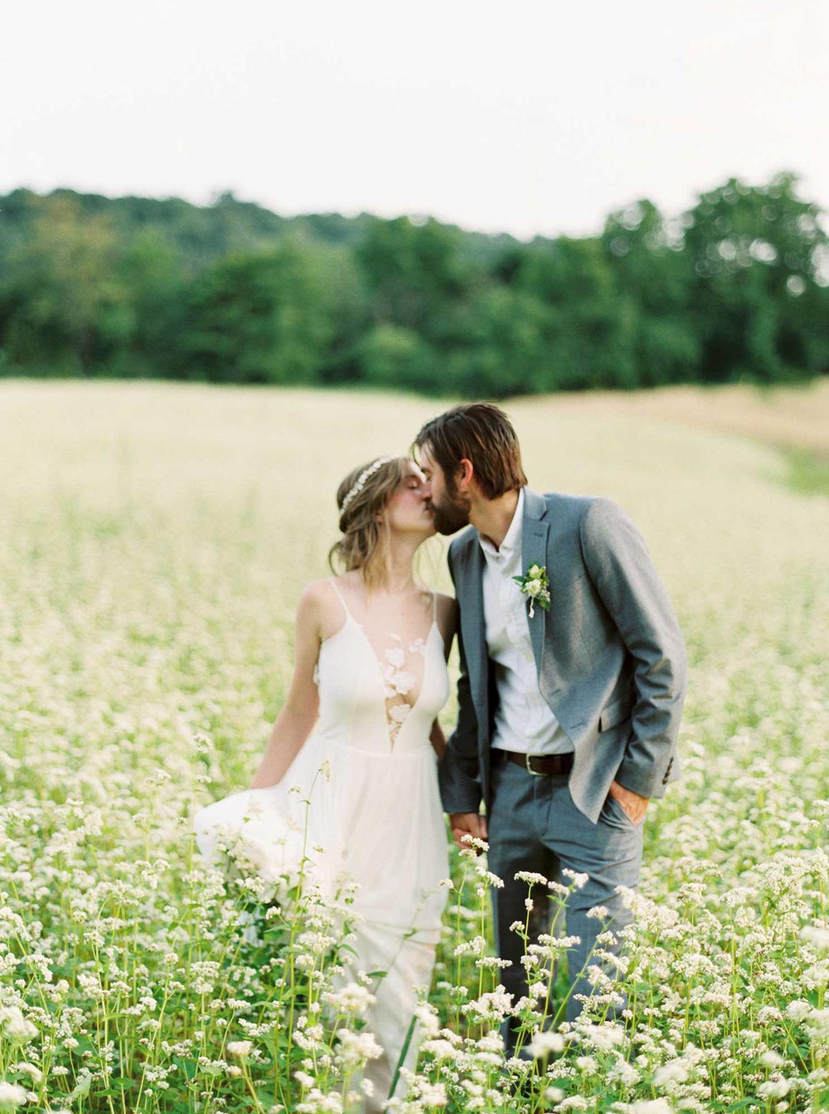 kayla-yestal-vineyard-bride-swish-list-woodland-weddings-niagara-wedding-editorial-39.jpg