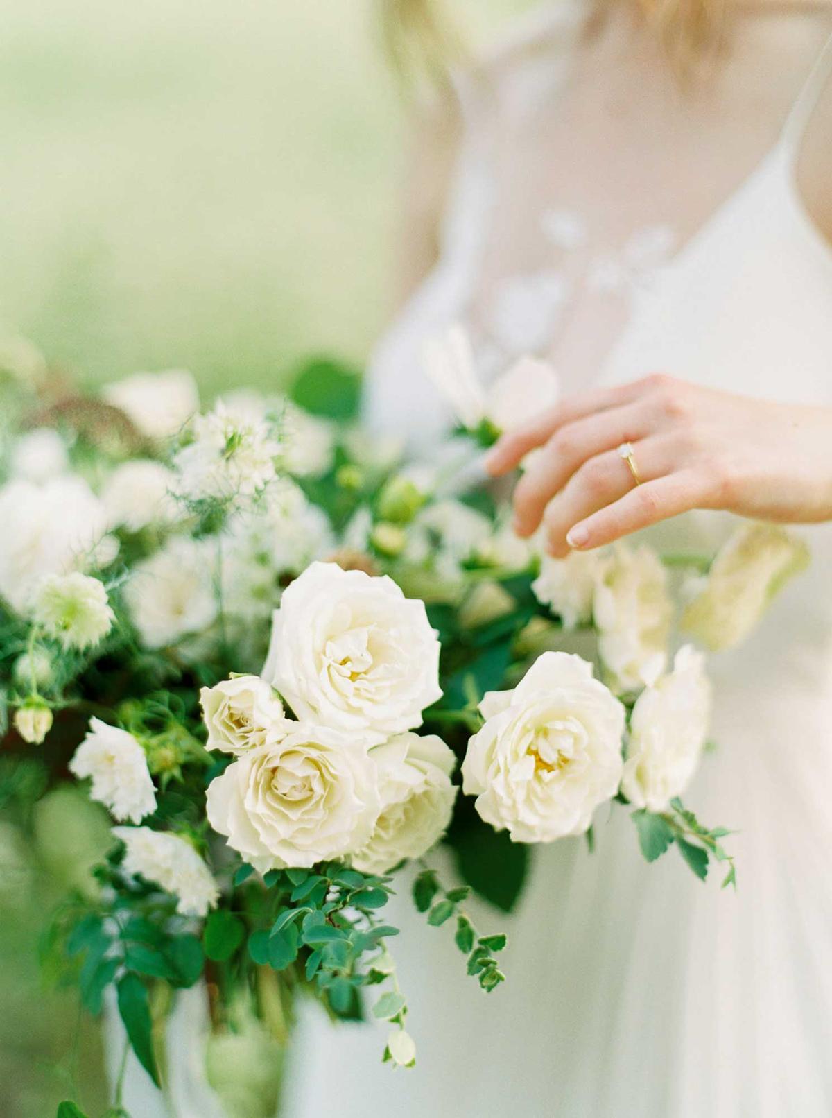 kayla-yestal-vineyard-bride-swish-list-woodland-weddings-niagara-wedding-editorial-42.jpg