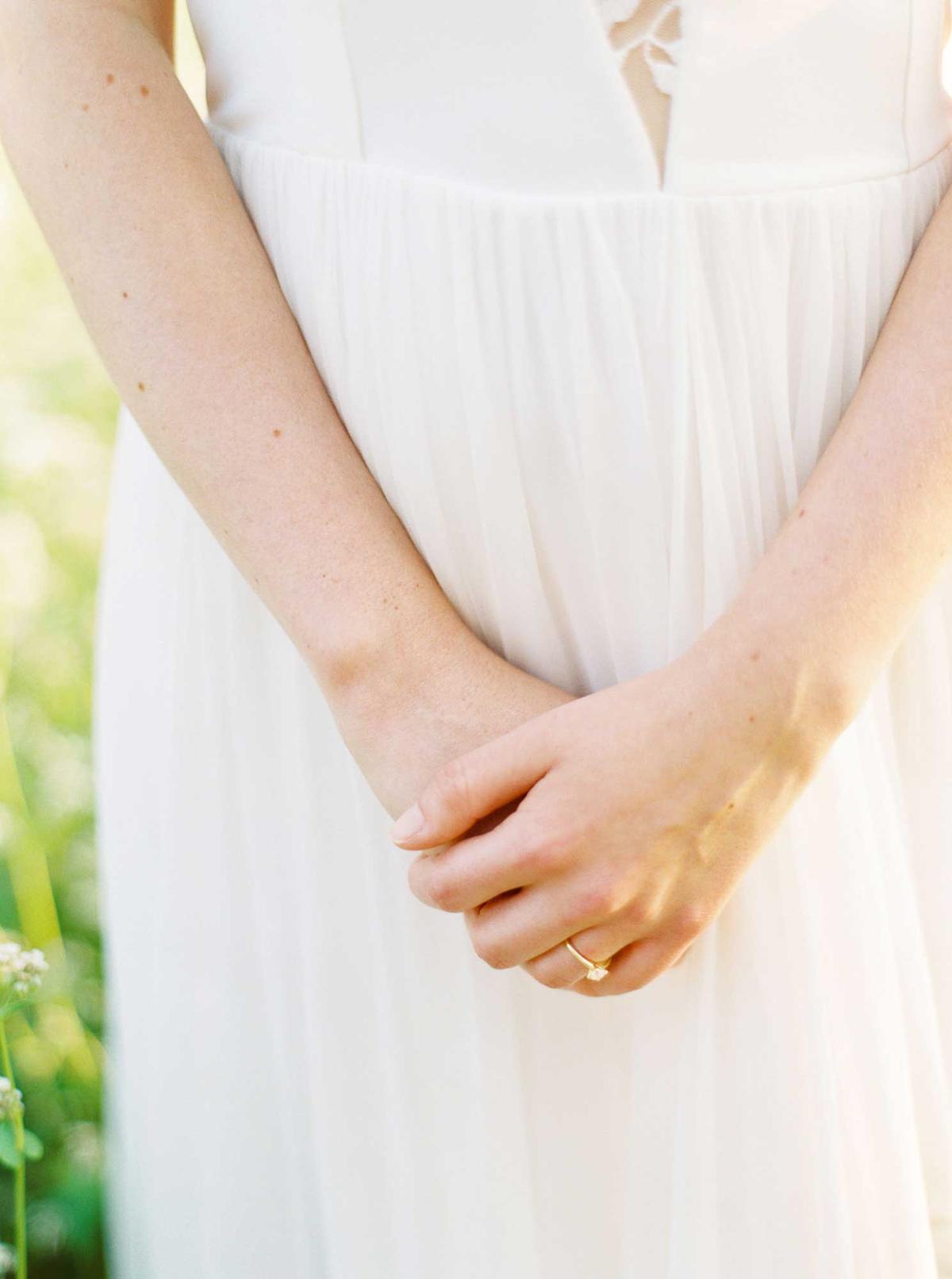 kayla-yestal-vineyard-bride-swish-list-woodland-weddings-niagara-wedding-editorial-44.jpg