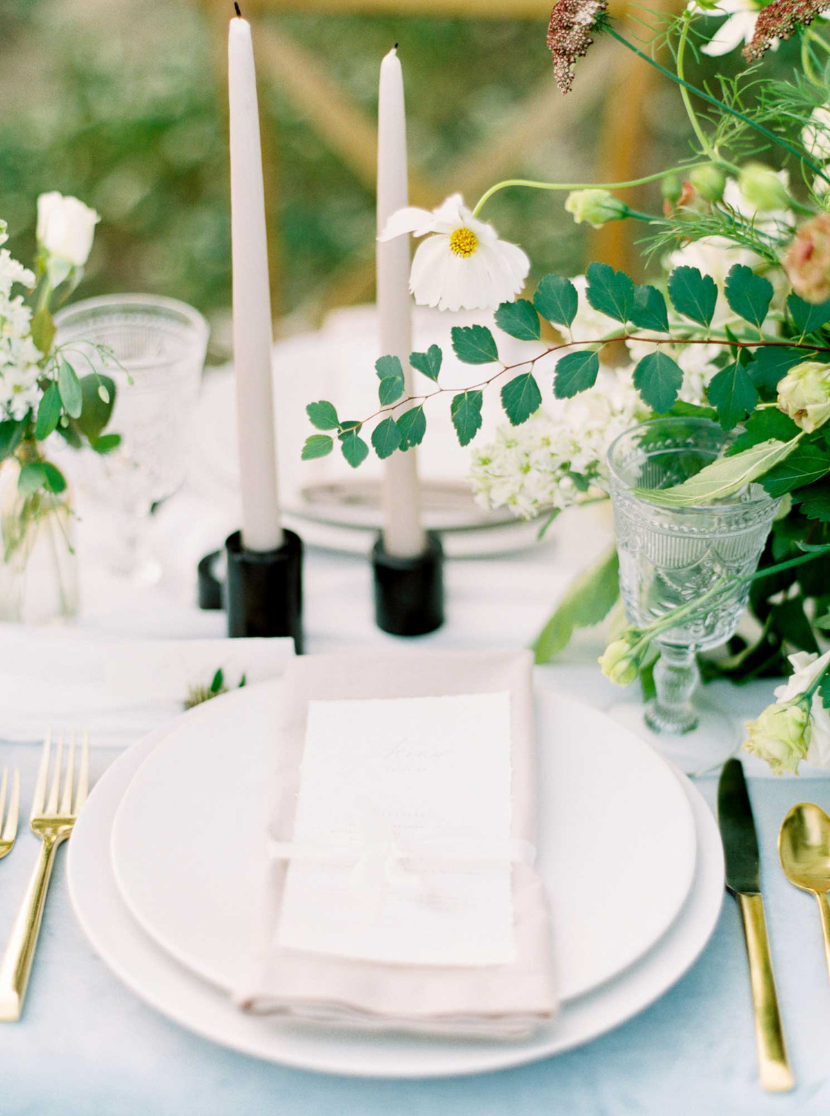 kayla-yestal-vineyard-bride-swish-list-woodland-weddings-niagara-wedding-editorial-55.jpg