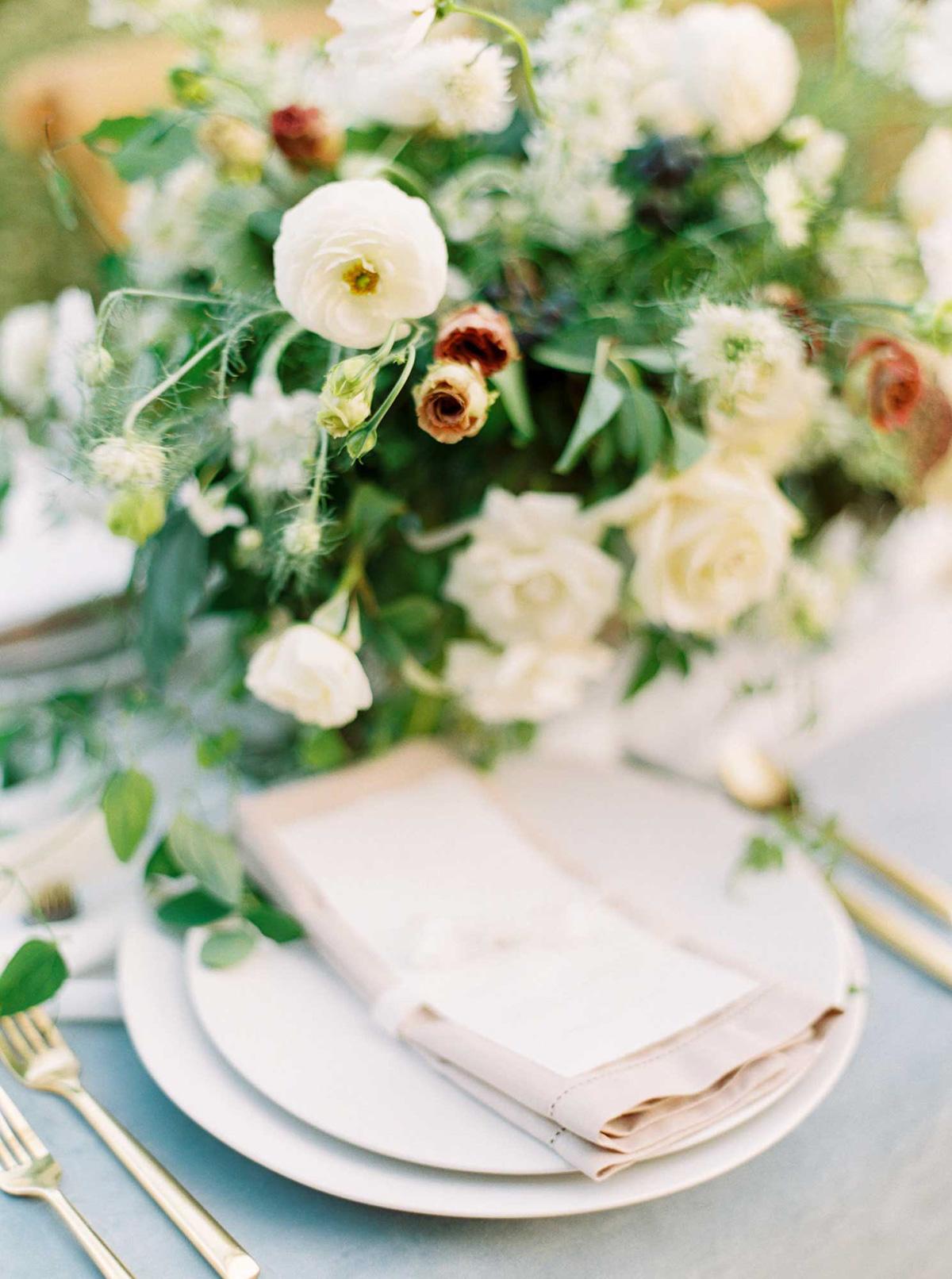 kayla-yestal-vineyard-bride-swish-list-woodland-weddings-niagara-wedding-editorial-56.jpg