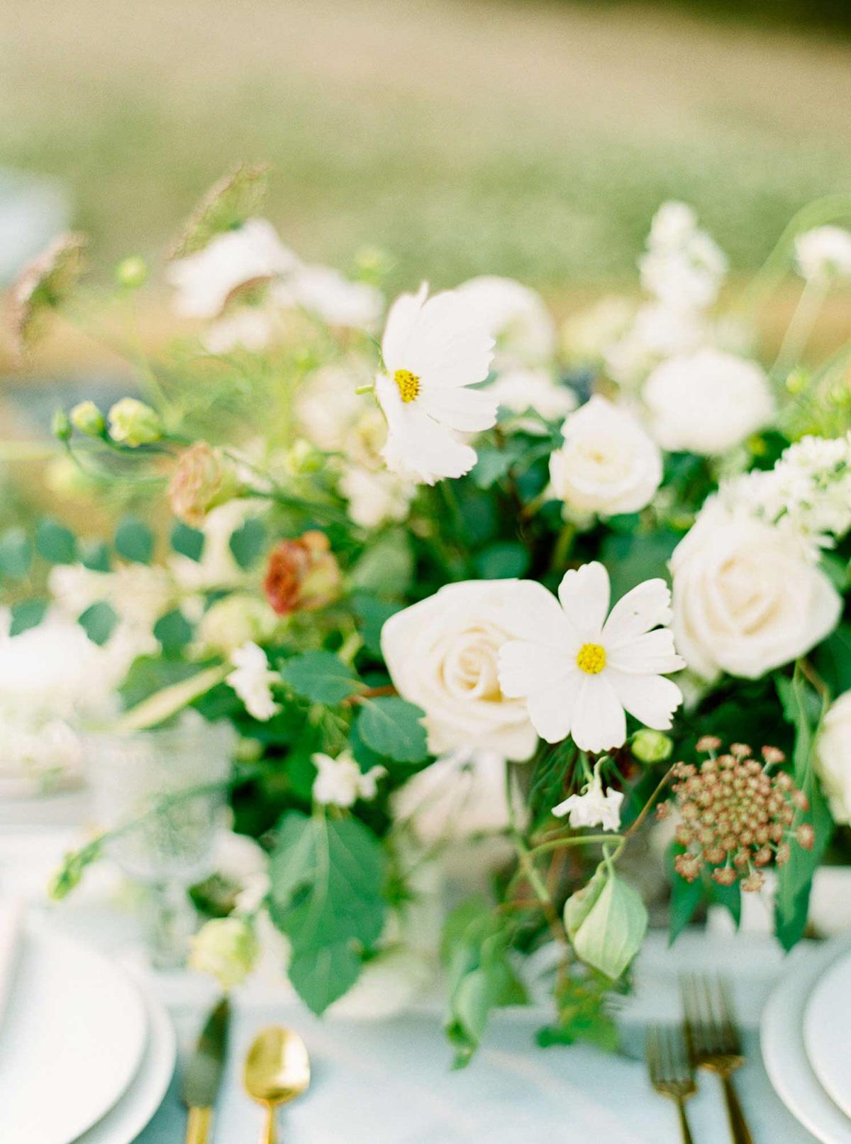 kayla-yestal-vineyard-bride-swish-list-woodland-weddings-niagara-wedding-editorial-58.jpg