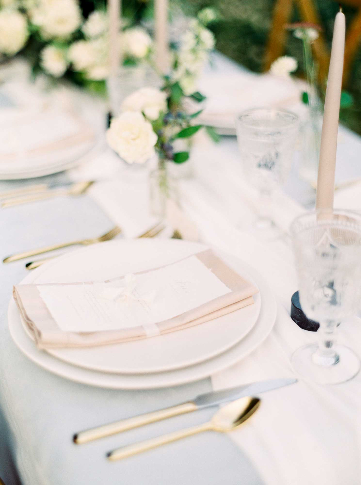 kayla-yestal-vineyard-bride-swish-list-woodland-weddings-niagara-wedding-editorial-65.jpg