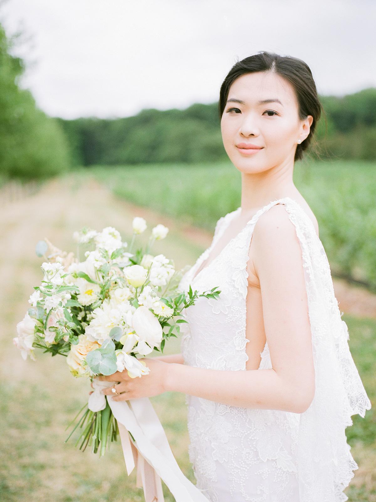 jennifer-xu-photography-vineyard-bride-swish-list-rosewod-eatstes-winery-beamsville-wedding-editorial-3.jpg