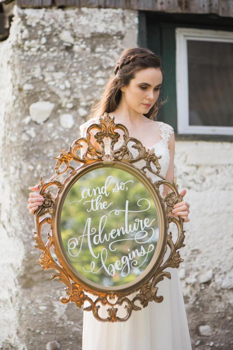 vineyard-bride-niagara-wedding-vendors-the-first-look-wedding-show-alicia-spence-brush-calligraphy004.jpg