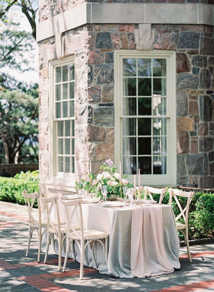tableauscapes-vineyard-bride-swish-list-GTA-luxury-dinnerware-and-decor-rentals-2.jpg