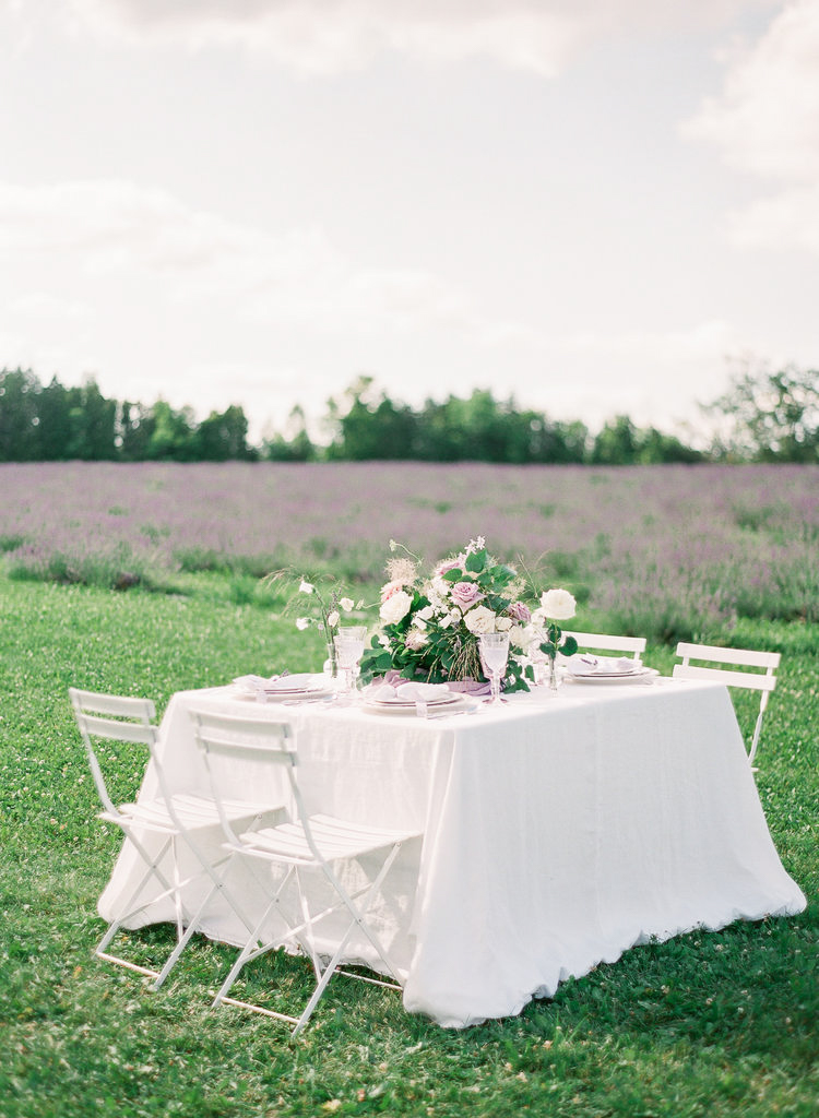 tableauscapes-vineyard-bride-swish-list-GTA-luxury-dinnerware-and-decor-rentals-3.jpg