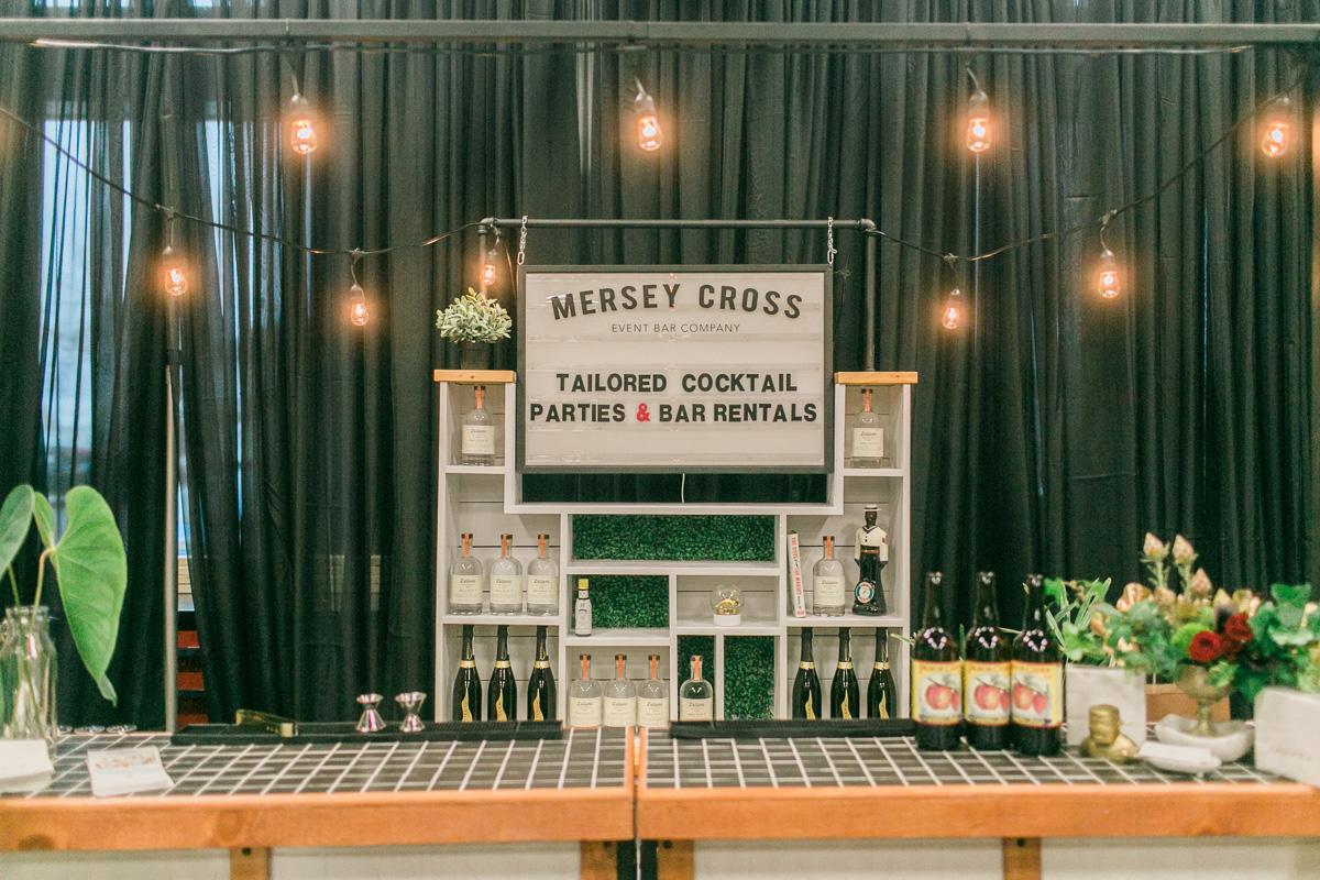 mersey-cross-vineyard-bride-swish-list-the hare wine co-niagara-on-the-lake-first-look-autumn-5.jpg