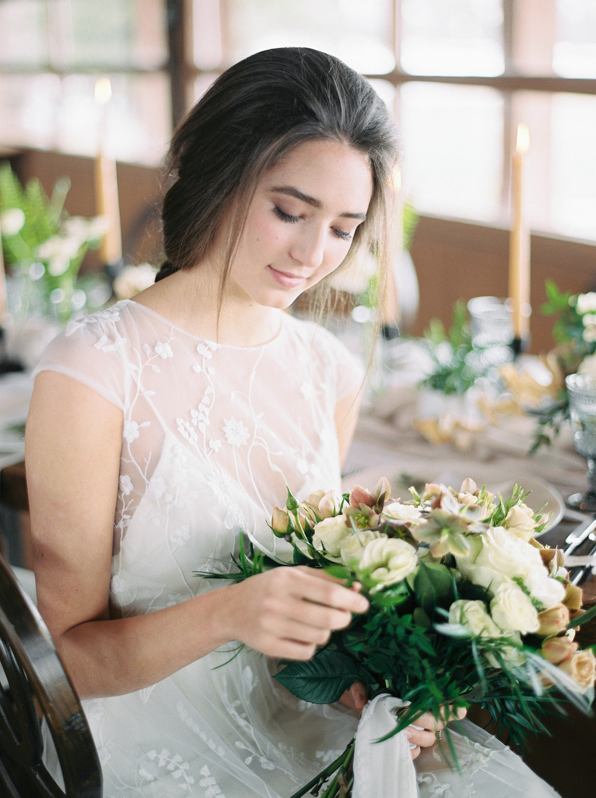 will-reid-photo-vineyard-bride-swish-list-kurtz-orchards-market-niagara-on-the-lake-wedding-editorial-23.jpg