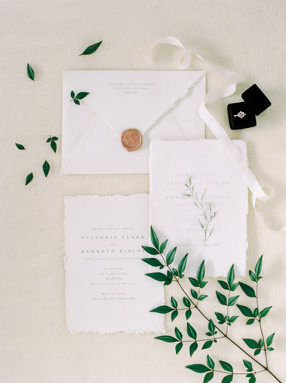 will-reid-photo-vineyard-bride-swish-list-kurtz-orchards-market-niagara-on-the-lake-wedding-editorial-30.jpg