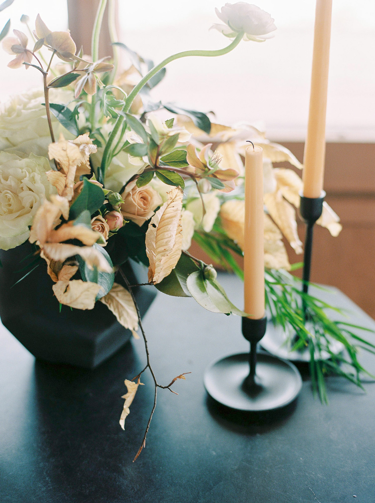 will-reid-photo-vineyard-bride-swish-list-kurtz-orchards-market-niagara-on-the-lake-wedding-editorial-35.jpg