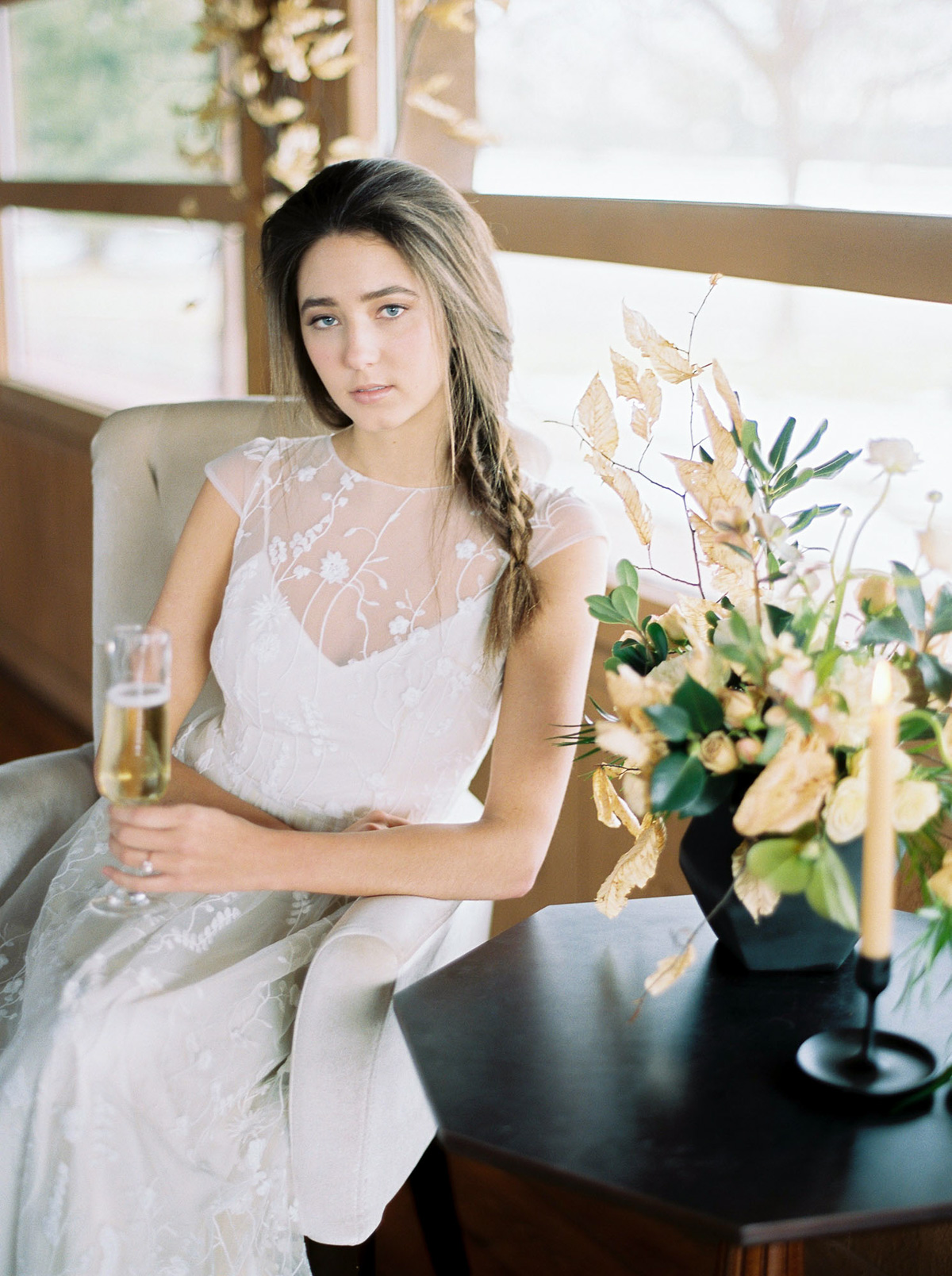 will-reid-photo-vineyard-bride-swish-list-kurtz-orchards-market-niagara-on-the-lake-wedding-editorial-38.jpg