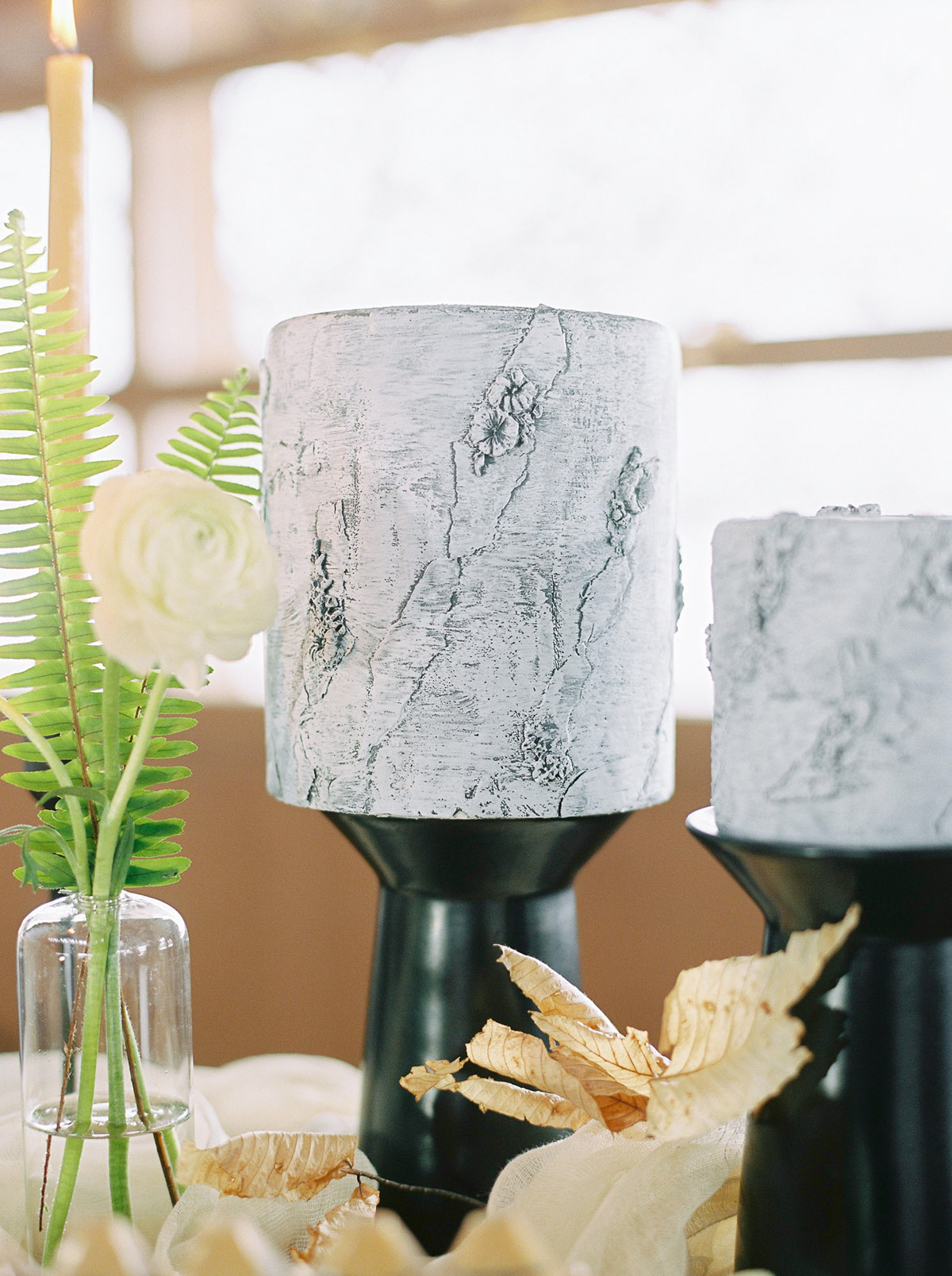 will-reid-photo-vineyard-bride-swish-list-kurtz-orchards-market-niagara-on-the-lake-wedding-editorial-41.jpg