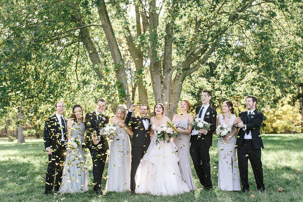 tamara-lockwood-photography-vineyard-bride-swish-list-the-old-courthouse-niagara-on-the-lake-wedding-39.jpg