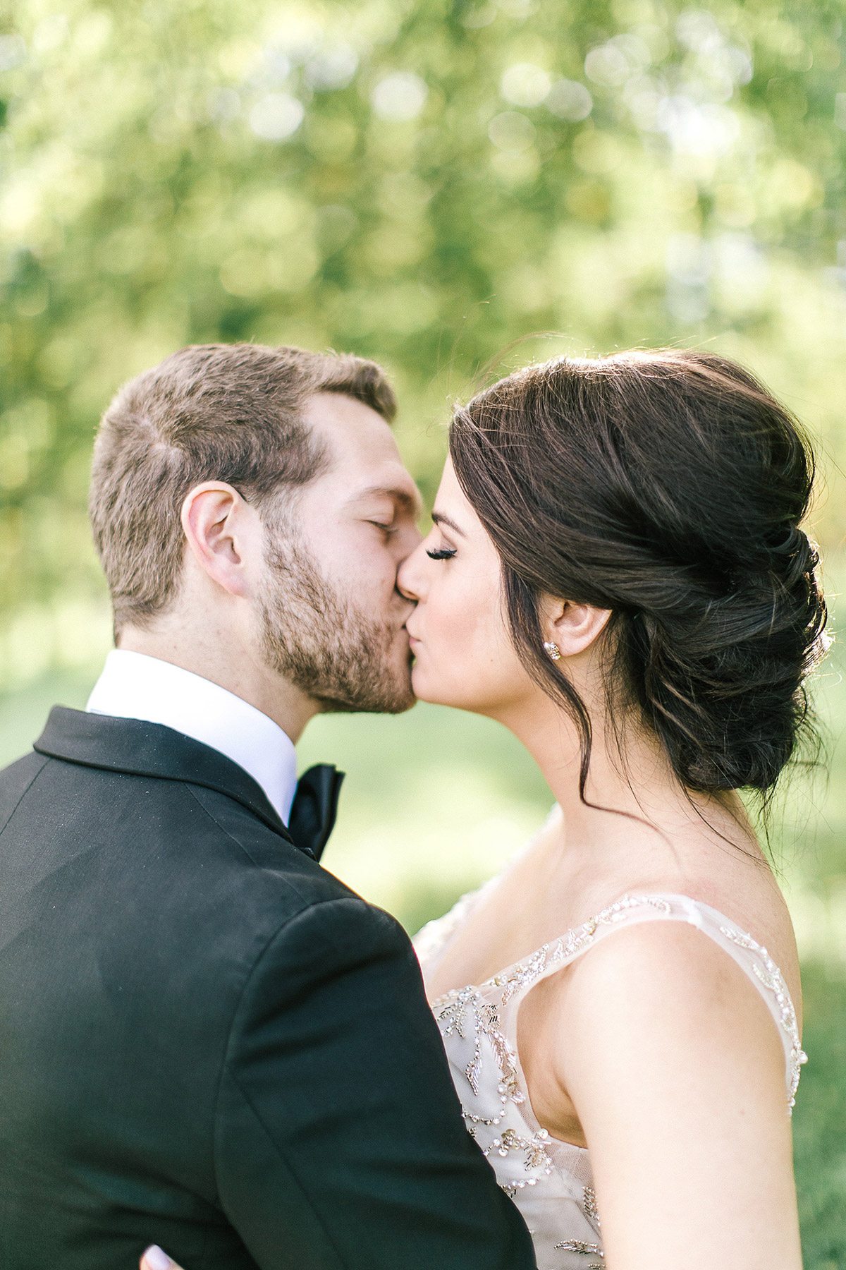tamara-lockwood-photography-vineyard-bride-swish-list-the-old-courthouse-niagara-on-the-lake-wedding-33.jpg