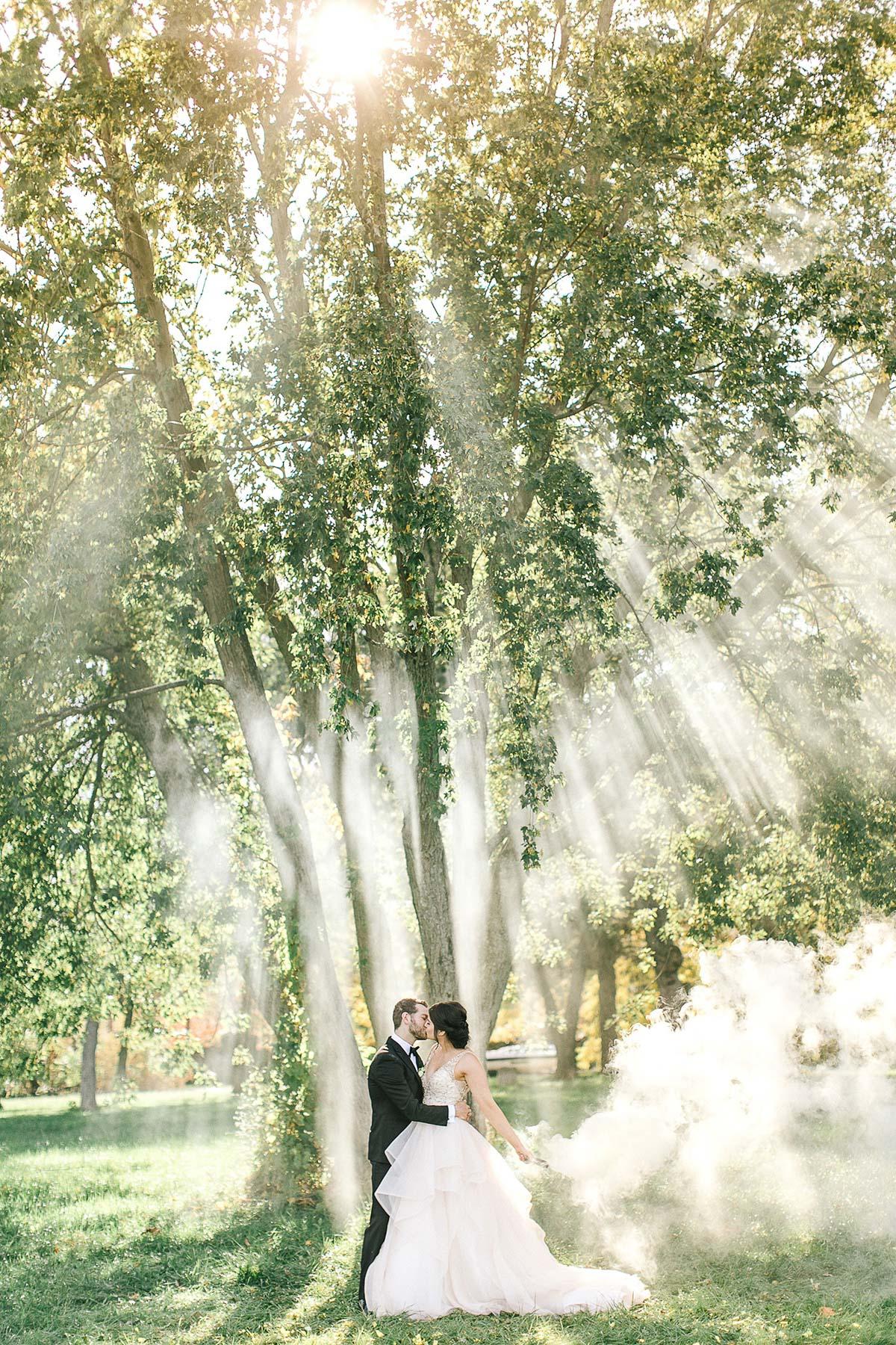 tamara-lockwood-photography-vineyard-bride-swish-list-the-old-courthouse-niagara-on-the-lake-wedding-42.jpg