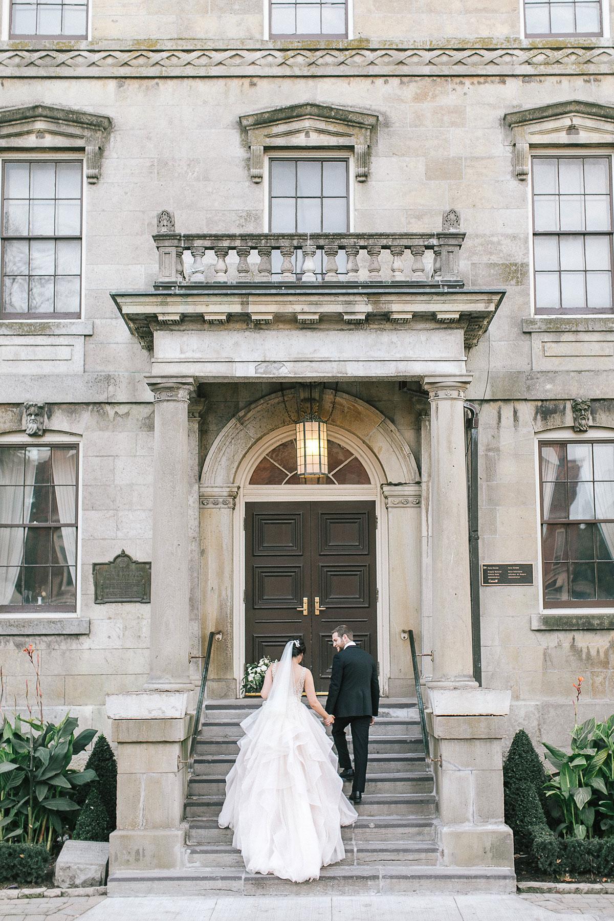 tamara-lockwood-photography-vineyard-bride-swish-list-the-old-courthouse-niagara-on-the-lake-wedding-43.jpg