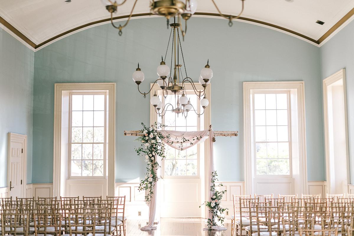 tamara-lockwood-photography-vineyard-bride-swish-list-the-old-courthouse-niagara-on-the-lake-wedding-50.jpg