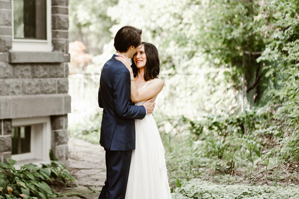 reed-photography-vineyard-bride-swish-list-ravine-vineyard-niagara-on-the-lake-wedding-23.jpg