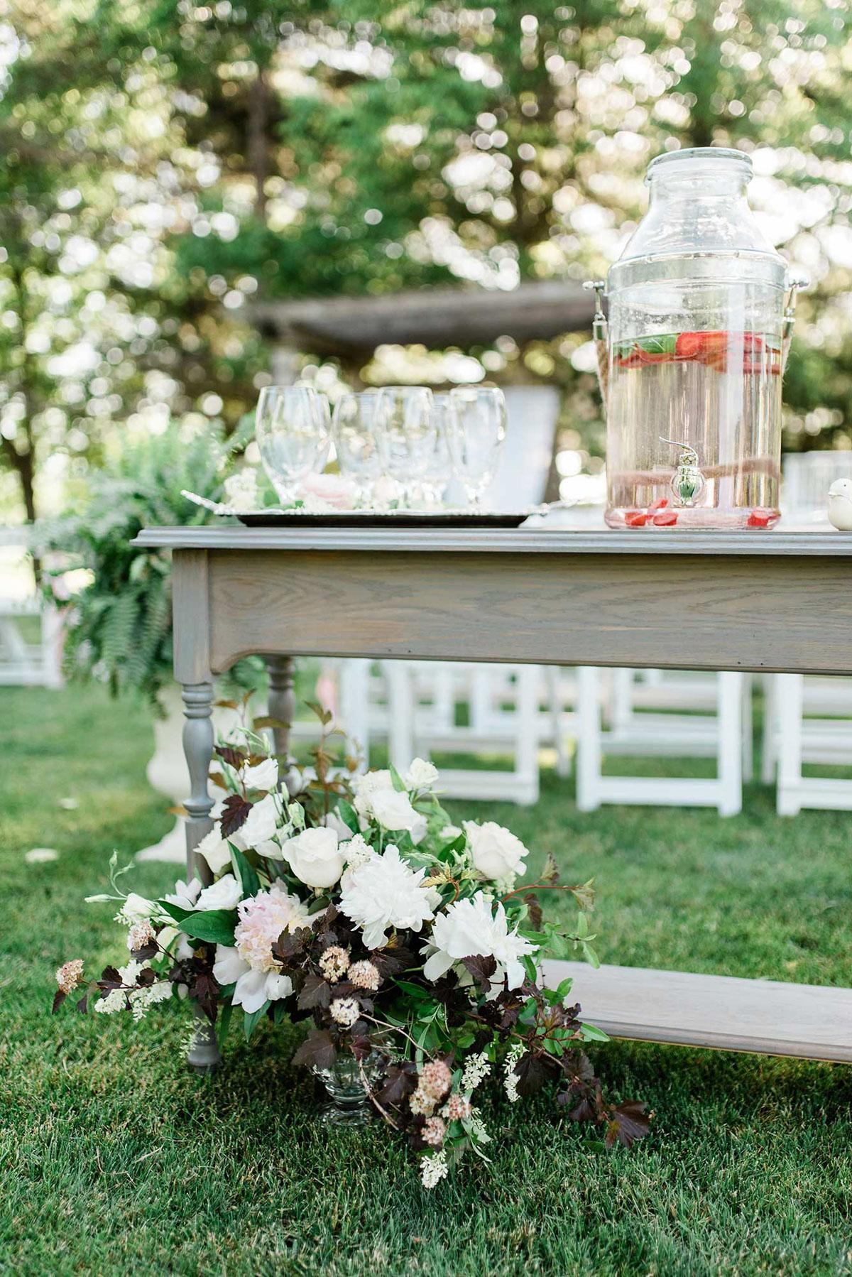 destiny-dawn-photography-vineyard-bride-swish-list-knollwood-golf-and-country-club-ancaster-wedding-editorial-10.jpg