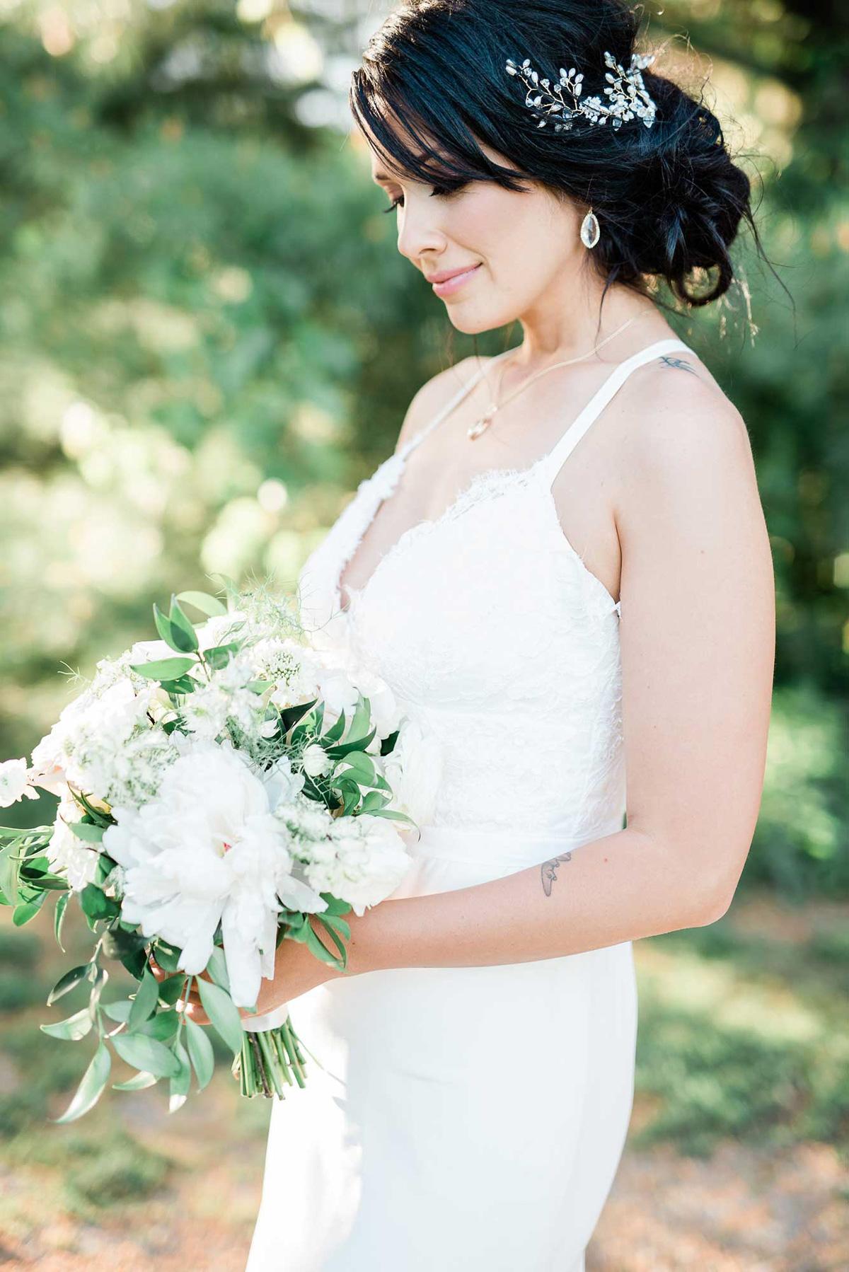 destiny-dawn-photography-vineyard-bride-swish-list-knollwood-golf-and-country-club-ancaster-wedding-editorial-28.jpg