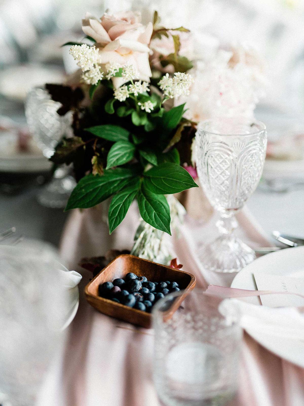 destiny-dawn-photography-vineyard-bride-swish-list-knollwood-golf-and-country-club-ancaster-wedding-editorial-43.jpg