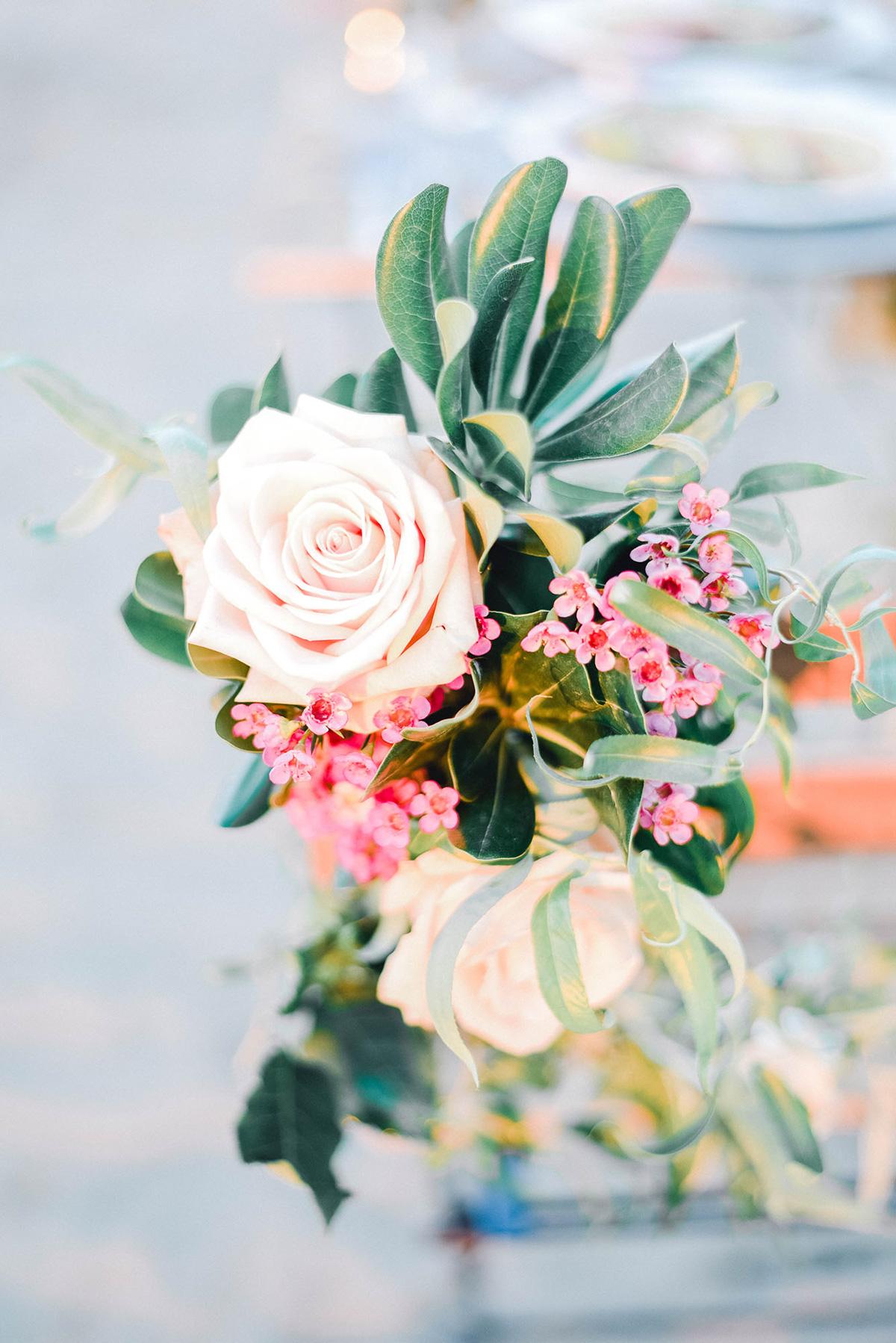 verveine-studios-vineyard-bride-swish-list-rouge-beach-park-scarborough-wedding-editorial-10.jpg