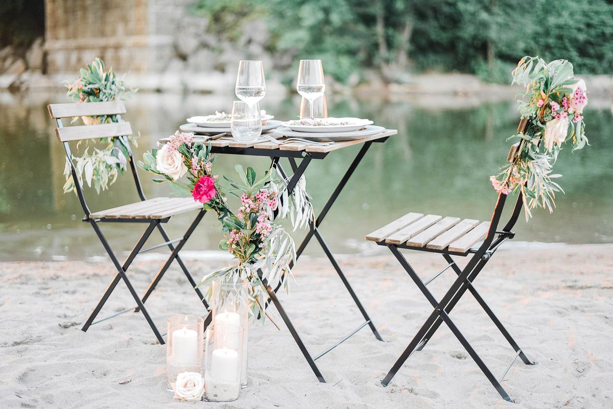 verveine-studios-vineyard-bride-swish-list-rouge-beach-park-scarborough-wedding-editorial-12.jpg